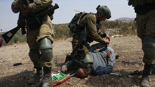 الجيش الإسرائيلي يعتدي على الناشط الفلسطيني خيري حنون