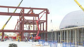 Vista de las obras de construcción del nuevo hospital para enfermos de COVID-19