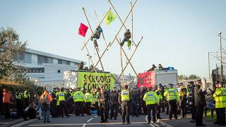 Extinction Rebellion activists create a structure to blockade Newsprinters plant, UK. Septemeber 5, 2020.