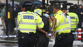 Birmingham: un morto e 7 feriti per accoltellamento. Si cerca l'assassino