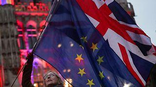 پرچم اتحادیه اروپا و بریتانیا