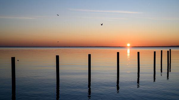 A Nap a Balaton vize felett