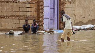 فيضانات غير مسبوقة في السودان تتسبب في مقتل العشرات وتشريد الآلاف