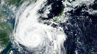 A NASA műholdképe a Hájsen tájfunról