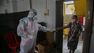 فيروس كورونا حول العالم