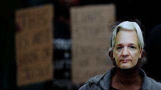 WikiLeaks'in kurucusu Julian Assange'ın ABD'ye iadesi ile ilgili dava İngiltere'de başladı