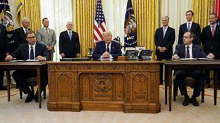 Kosova Başbakanı Avdullah Hoti, Sırbistan Cumhurbaşkanı Aleksandar Vucic ve ABD Başkanı Donald Trump