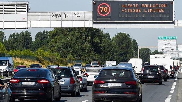 Tráfico al ralenti por alerta de contaminación en Francia en agosto de 2018