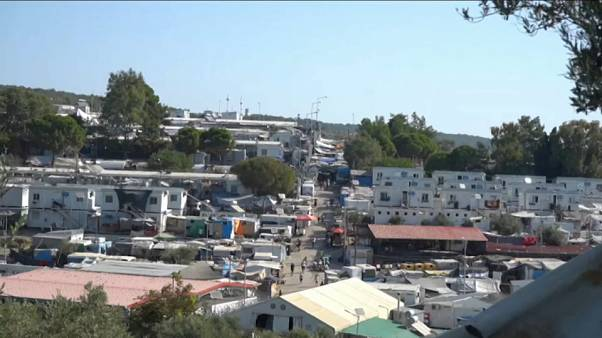 Covid-19 : trois camps de migrants placés en confinement total en Grèce