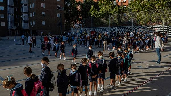 بازگشایی مدارس ابتدایی مادرید با وجود شیوع کرونا