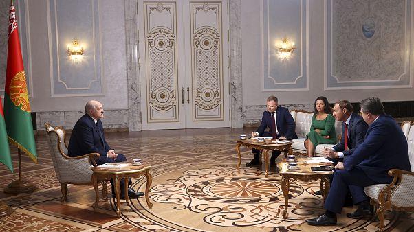 Alexandre Loukachenko répondant à un groupe de journalistes russes, Minsk, 8 septembre 2020
