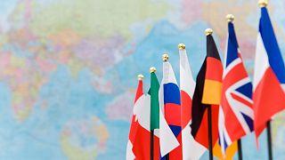 پرچمهای کشورهای عضو گروه هفت