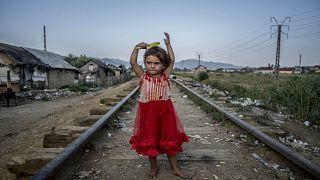 Egy kép Hajdú D. András fotóriporter A fal, amit mi kerítésnek hívunk című, nagydíjat nyert sorozatából