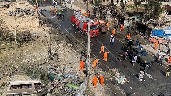 Afganistan'ın başkenti Kabil'de Cumhurbaşkanı Yardımcısı Emrullah Salih'e yönelik bombalı saldırı düzenlendi