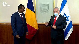 رئيس الوزراء الإسرائيلي بنيامين نتنياهو يستقبل في القدس وفداً تشادياً برئاسة عبد الكريم إدريس ديبي، أحد أبناء الرئيس التشادي