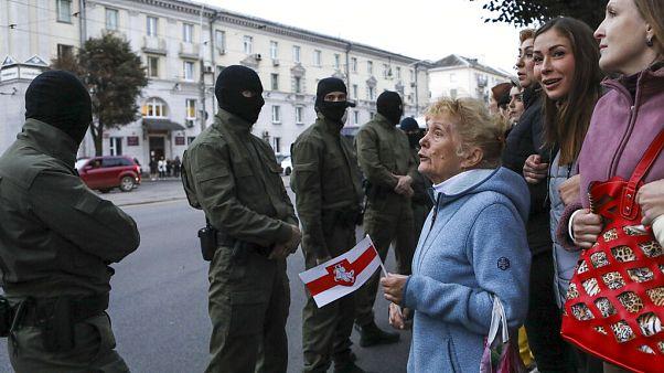 Sorra viszik el a belarusz ellenzék vezetőit