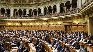 Mitglieder des Nationalrats im Parlamentsgebäude in Bern, 11. Dezember 2019