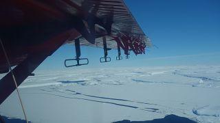 El glaciar en enero, durante la misión de exploración y cartografiado