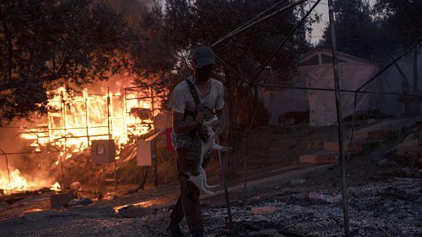 Szerda este újabb tűz volt a már félig leégett leszboszi menekülttáborban