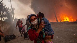 Yunanistan'daki Moria sığınmacı kampında tekrar yangın çıktı