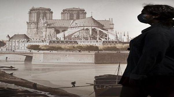 Ausstellung in der Krypta der Notre Dame in Paris