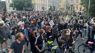 Almanya'da sığınmacılara destek yürüyüşü