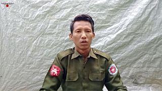 ميو وين تون، الهارب من الجيش البورمي