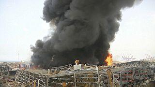 اندلاع حريق مهول في مرفأ بيروت