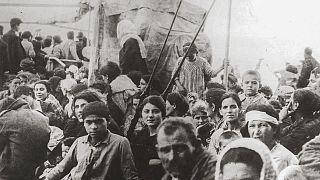 Profughi greci in fuga dall'Asia minore