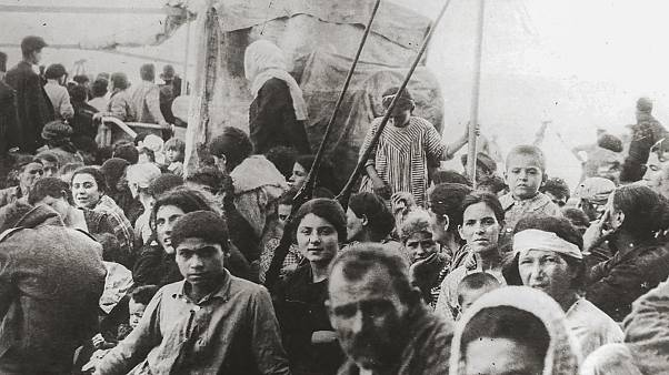 Greek refugees fleeing Asia Minor.