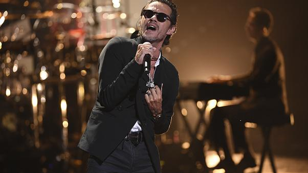 Marc Anthony actuando en el Latin American Music Awards, 17 de octubre 2019,
