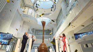 مركز المجمع الجديد لشركة لينت السويسرية