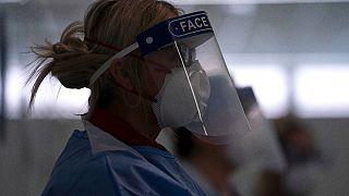 طبيبة في مستشفى نايتنجيل نورث ويست، في مانشستر بريطانيا