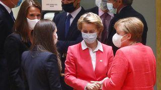 Angela Merkel und Ursula von der Leyen beim EU-Gipfel in Brüssel am 17.Juli 2020