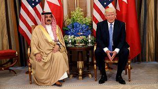 Bahreyn Kralı Hamed bin İsa el-Halife ve ABD Başkanı Donald Trump