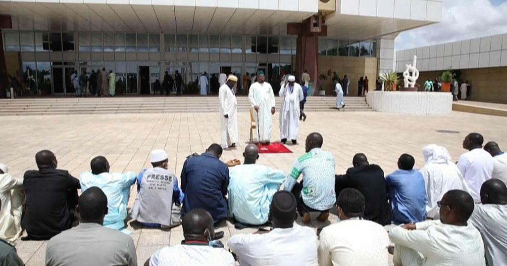 Mali Leaders Discuss 2-year Transition Civilian Govt