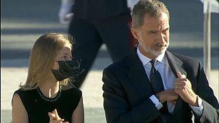 La princesa Leonor junto con su padre el Rey Felipe VI