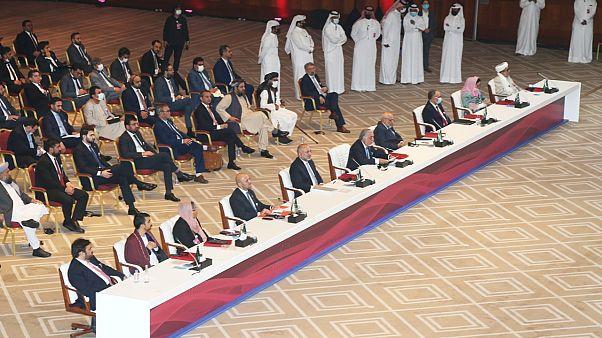 Katar'ın başkenti Doha'da Afganistan hükümeti ve Taliban arasında barış görüşmeleri başladı