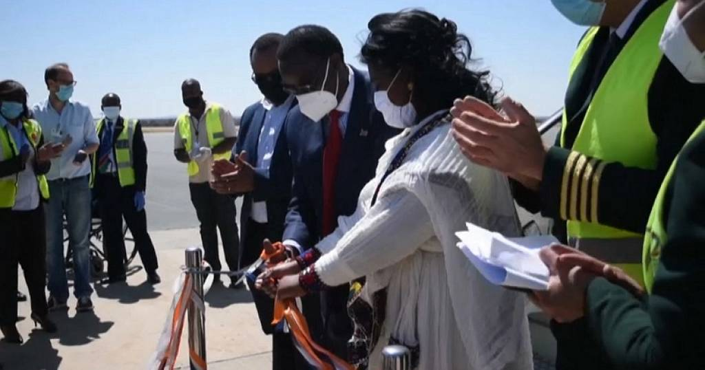 Tourism Hopeful Namibia Reopens Borders to International Flights