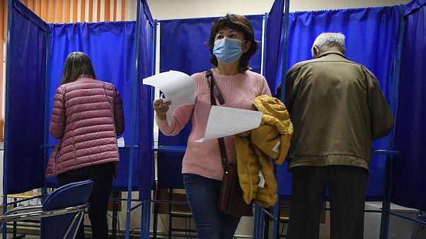 Στη σκιά της δηλητηρίασης Ναβάλνι, περιφερειακές εκλογές στη Ρωσία