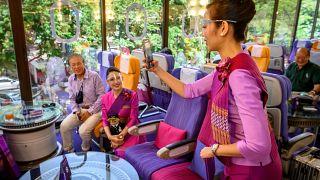 کافه هواپیمای تایلندی
