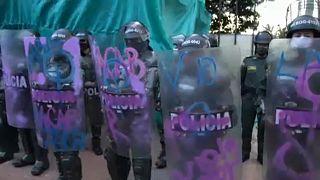 Protestos dão lugar a manifestações culturais na Colômbia
