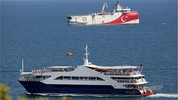 کشتی متعلق به ترکیه که از منطقه مورد اختلاف با یونان بازگشته است