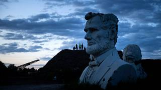 تمثال للرئيس أبراهام لينكولن