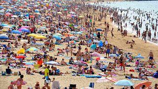 Две трети россиян заявили, что им нужен отдых после отпуска