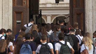 Iskolakezdés aggodalmakkal Olaszországban