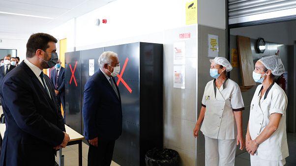 Primeiro-ministro, António Costa, acompanhado pelo ministro da Educação, Tiago Brandão Rodrigues, visita a escola AEB Educação e Formação em Benavente, Santarém