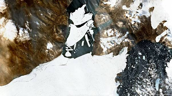 Sentinel 2 image taken on August 27 showing disintegration of the Spalte Glacier