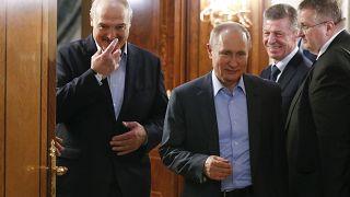 من لقاء سابق جمع لوكاشنكو ببوتين في سوتشي (فبراير/شباط 2020)