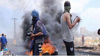 صحفيون خلال تغطيات ميدانية